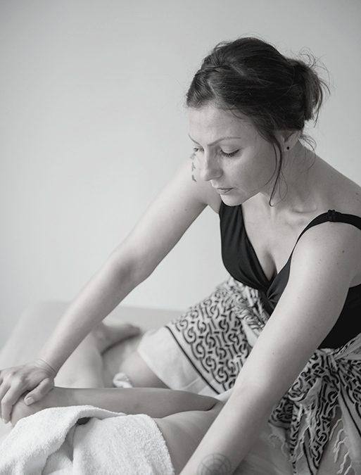 PeLoHa / Peace Love Harmony – Moc płynąca z tego niezwykłego masażu dotyka poziomu fizycznego, emocjonalnego i duchowego.
